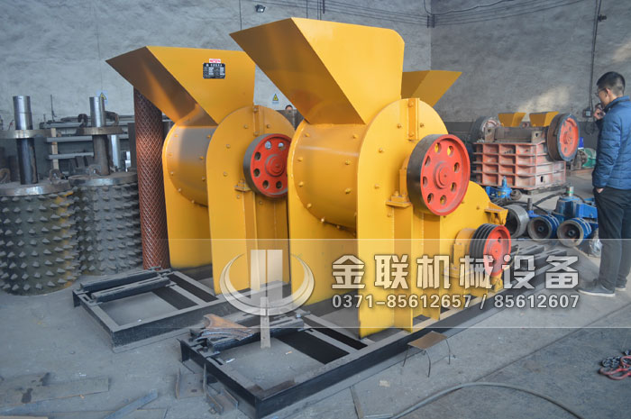 SCF800×800中型煤矸石粉碎机,生产能力50-60t/h